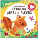 Écureuil aime les fleurs