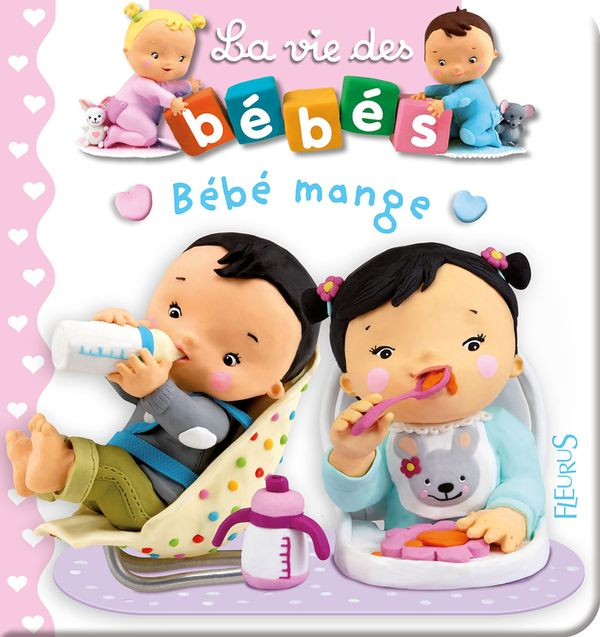 Bébé mange