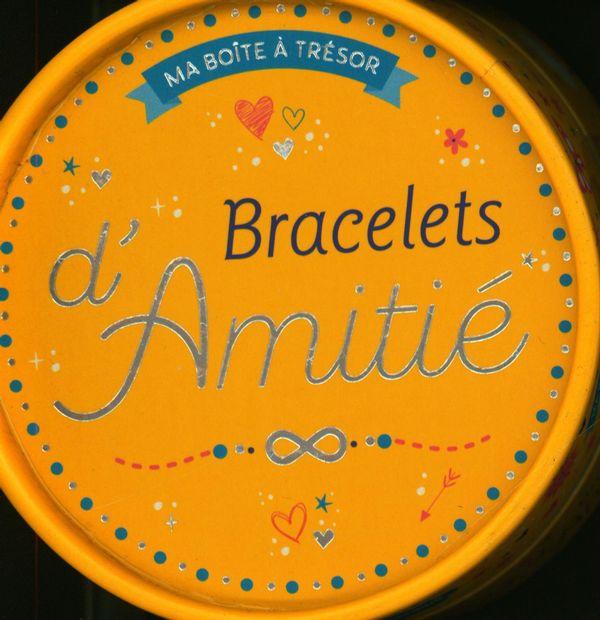 Bracelets d'amitié en macramé